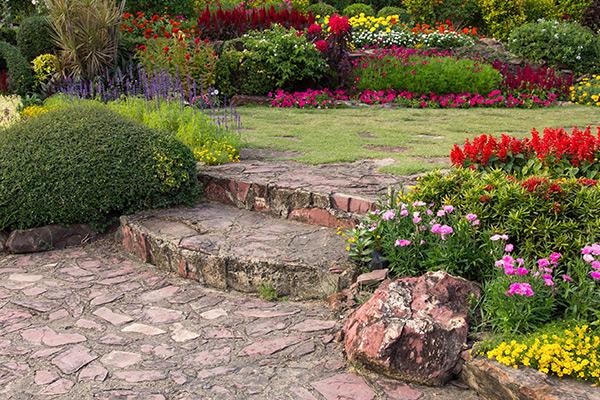 Comment estimer une maison avec jardin - BienEstimer by SAFTI